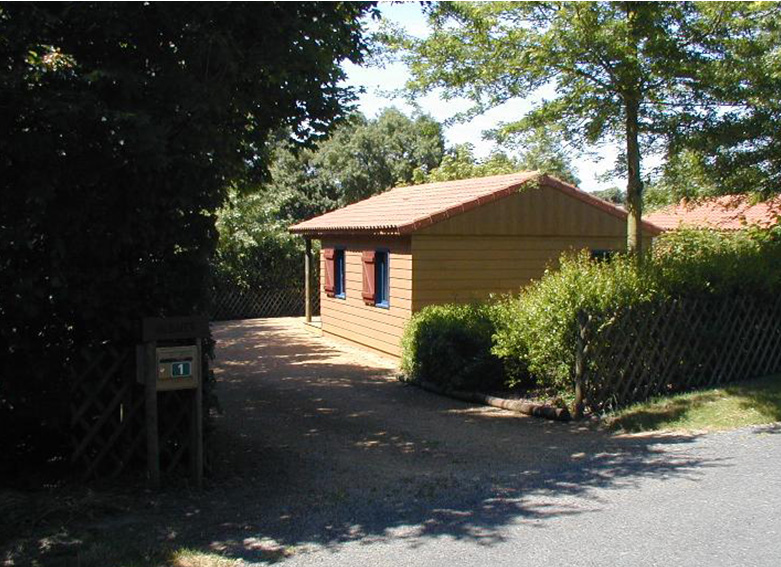chalets-equipement-camping-coulvee